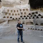 רונן נחמן במערת הקולומבריום בחרבת מדרס