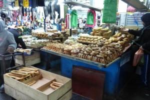 טיול בשוק הכרמל