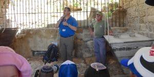 טיול לשמורת נחל תנינים-טחנת הקמח המשוחזרת